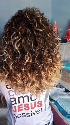 ombré hair cheveux frises